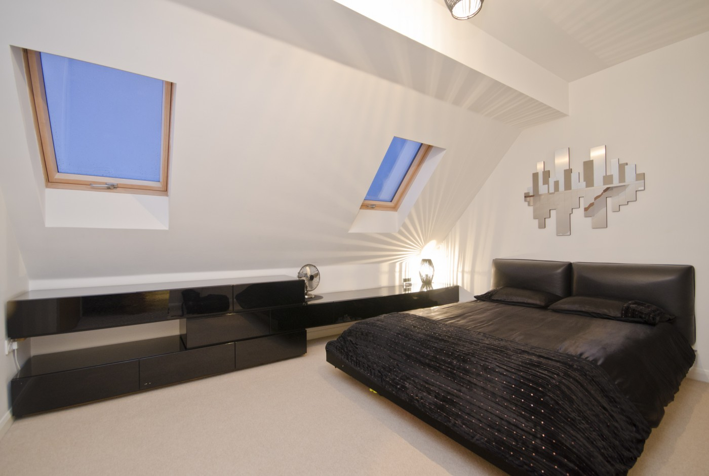 Carolina road norbury cr7 liv london property agents for 1 bedroom apartment near downsview station